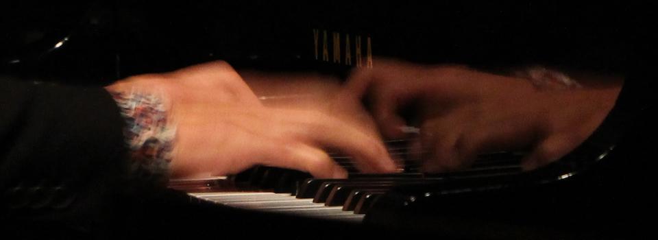 林祐市 – ジャズピアニスト / 作曲家